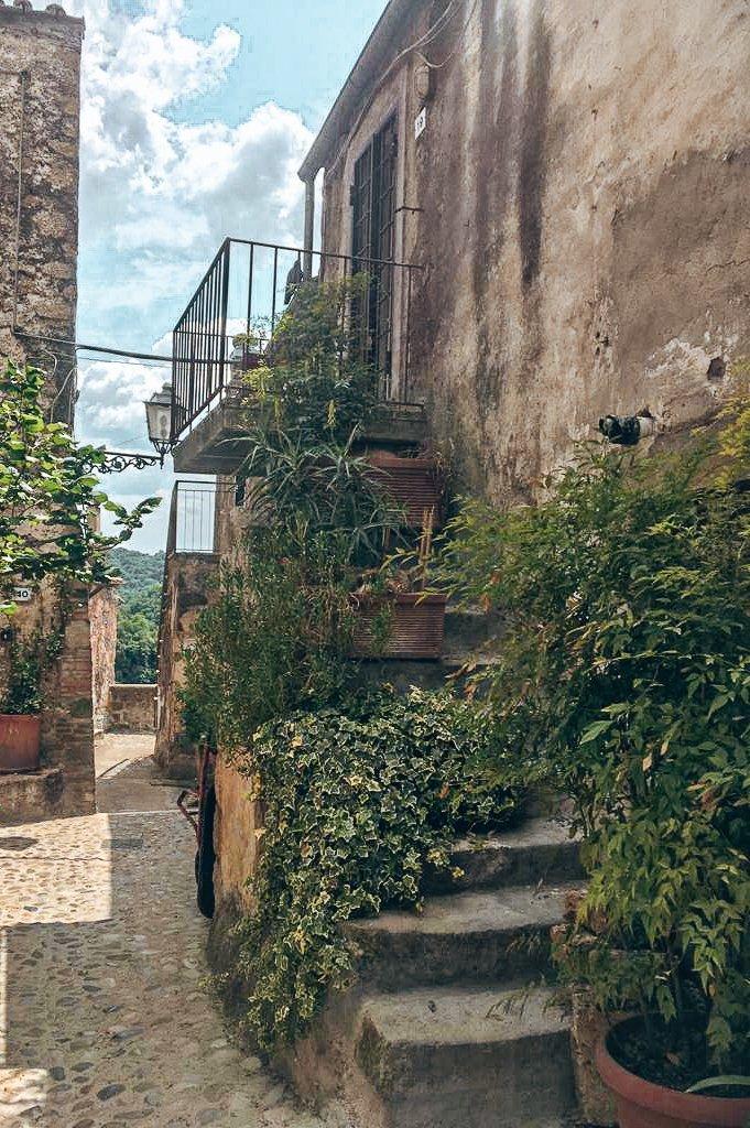 Calcata borgo medievale
