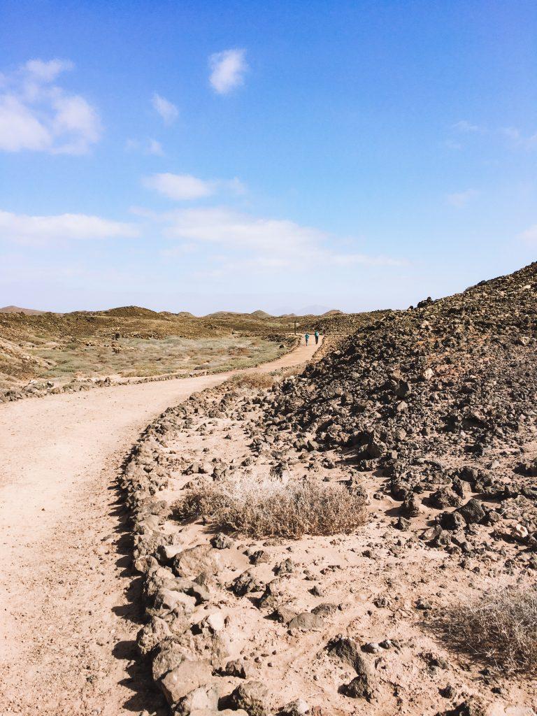 Sentiero circolare che percorre l'isola